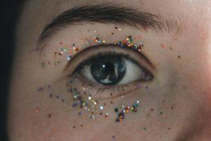 Блестки в глазах